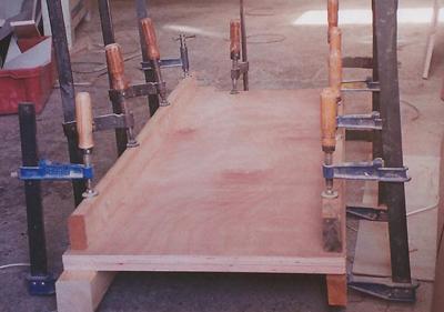 הדבקת פלטות עץ