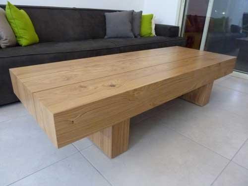 שולחן סלון וספה מבט מרחוק